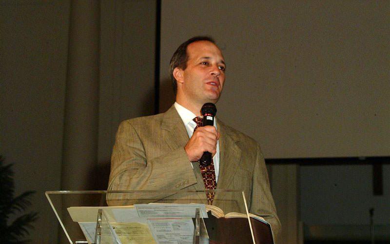 Pastor Silvio Simões