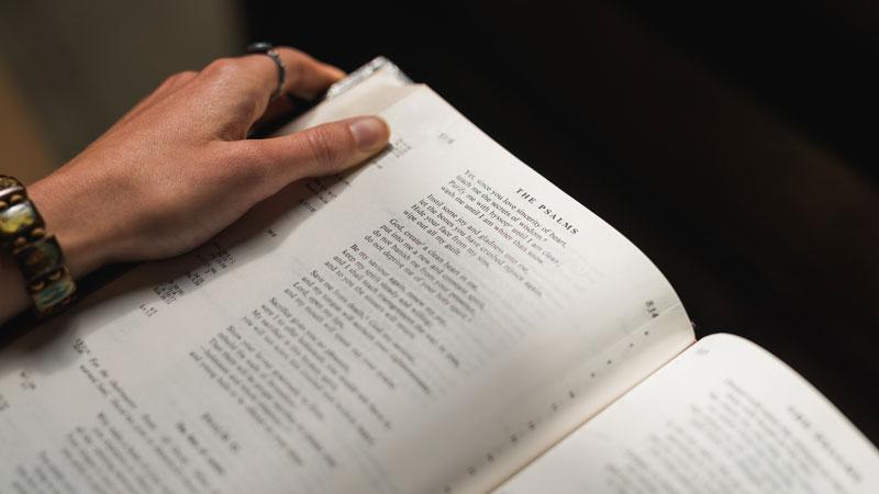 10 Motivos Para Você Participar da Escola Bíblica